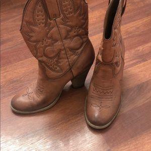 Cowboy Boots - Size 8.5